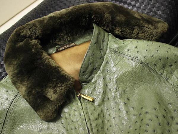 極上品 世界最高峰 ジリ 脱着ファー毛皮襟フルオーストリッチレザーブルゾン 最高級ZILLIシルク裏地 メンズ50 ジャケット コート 本物 正規_画像2