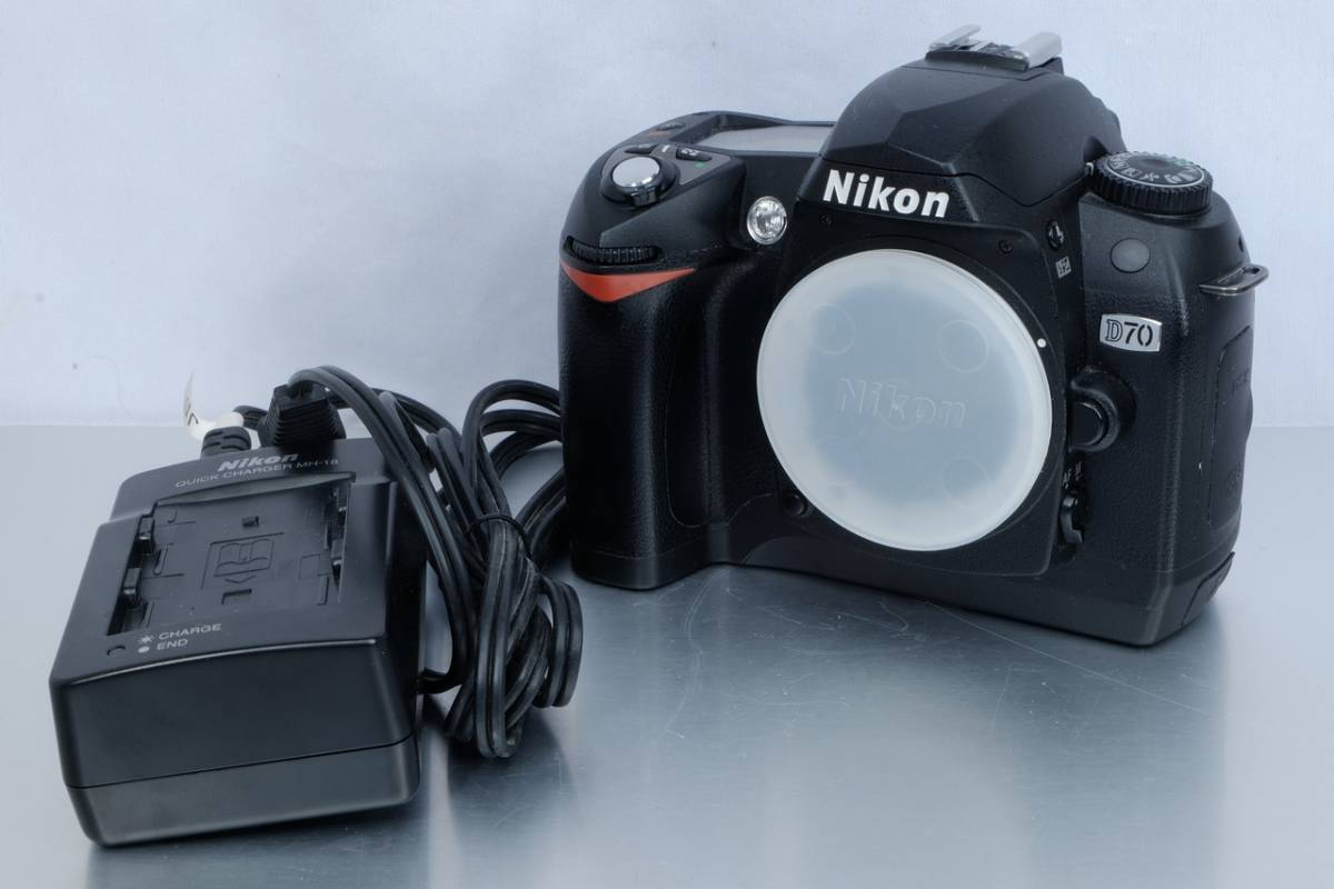 Nikon ニコン Nikkor デジタル 一眼レフ D70 ボディー DX 中古 実用向け ( FX APS-C AF-S Ai-S クラシック デジカメ D300s D700 D90