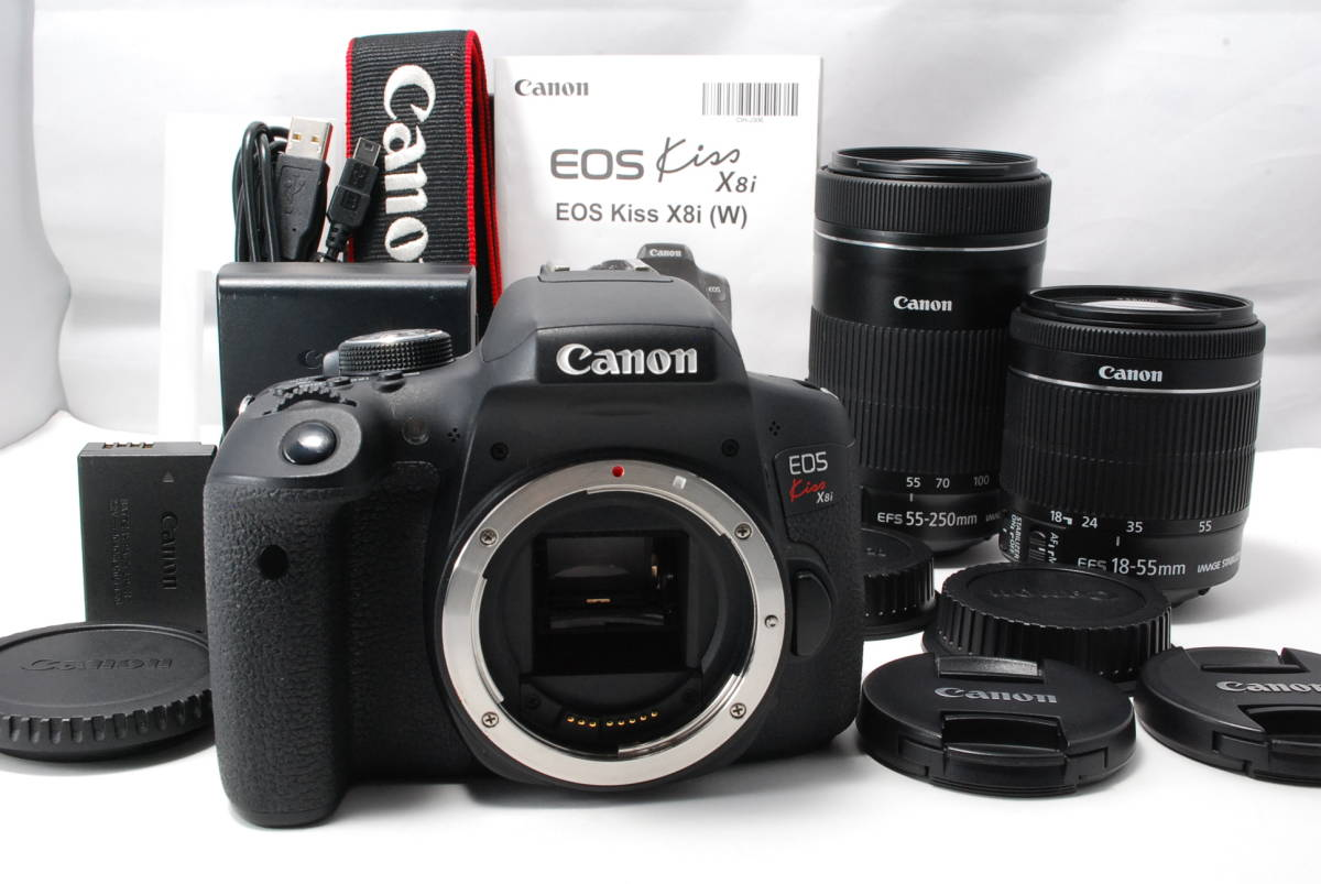 【小型 軽量】キヤノン Canon EOS Kiss X8i ダブルズームキット ブラック 2420万画素 WIFI 191008510001
