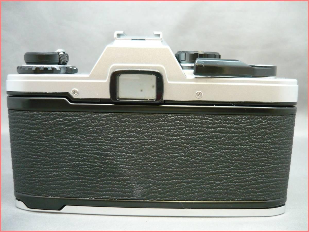 【ジャンク】OLYMPUS オリンパス OM10 /OM-SYSTEM F.ZUIKO AUTO-W 28mm F3.5/AUTO-T 135mm F3.5 セット_画像3