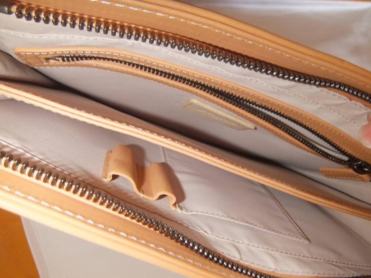 美品 PORTS1961 ポーツ1961 レザー クラッチバッグ セカンドバッグ 鞄 バッグ _画像3
