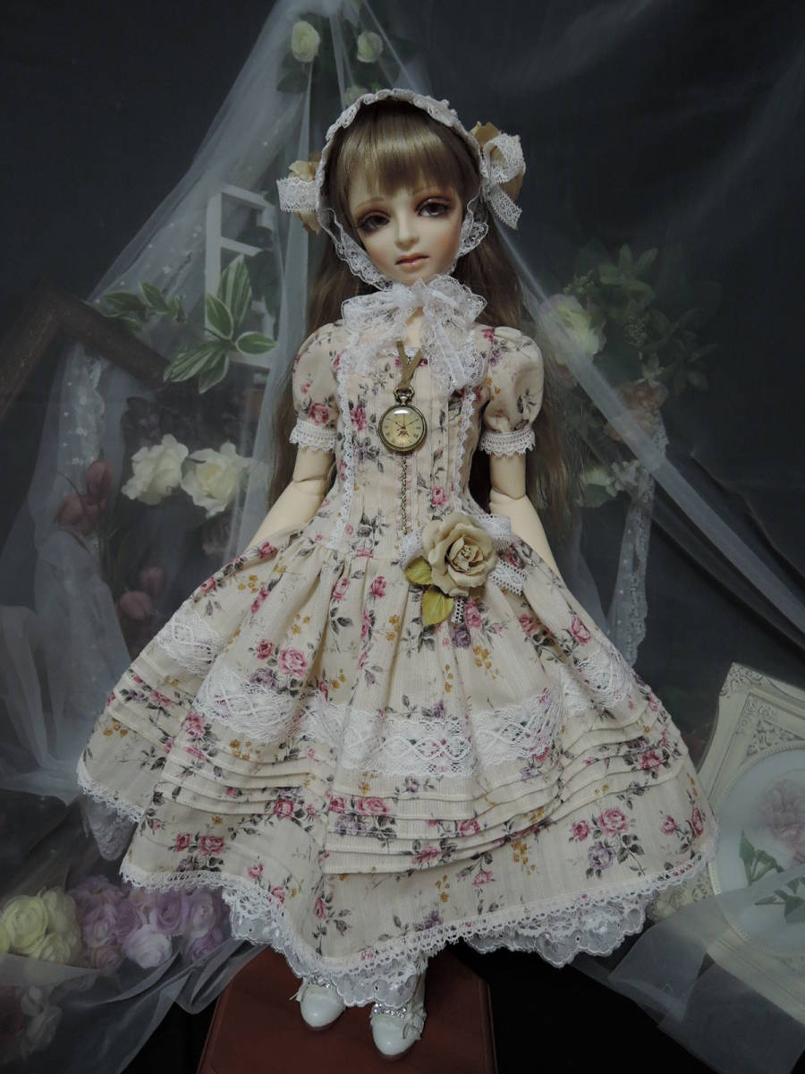 SD 13少女用 *手作り  花柄のドレス*_画像4