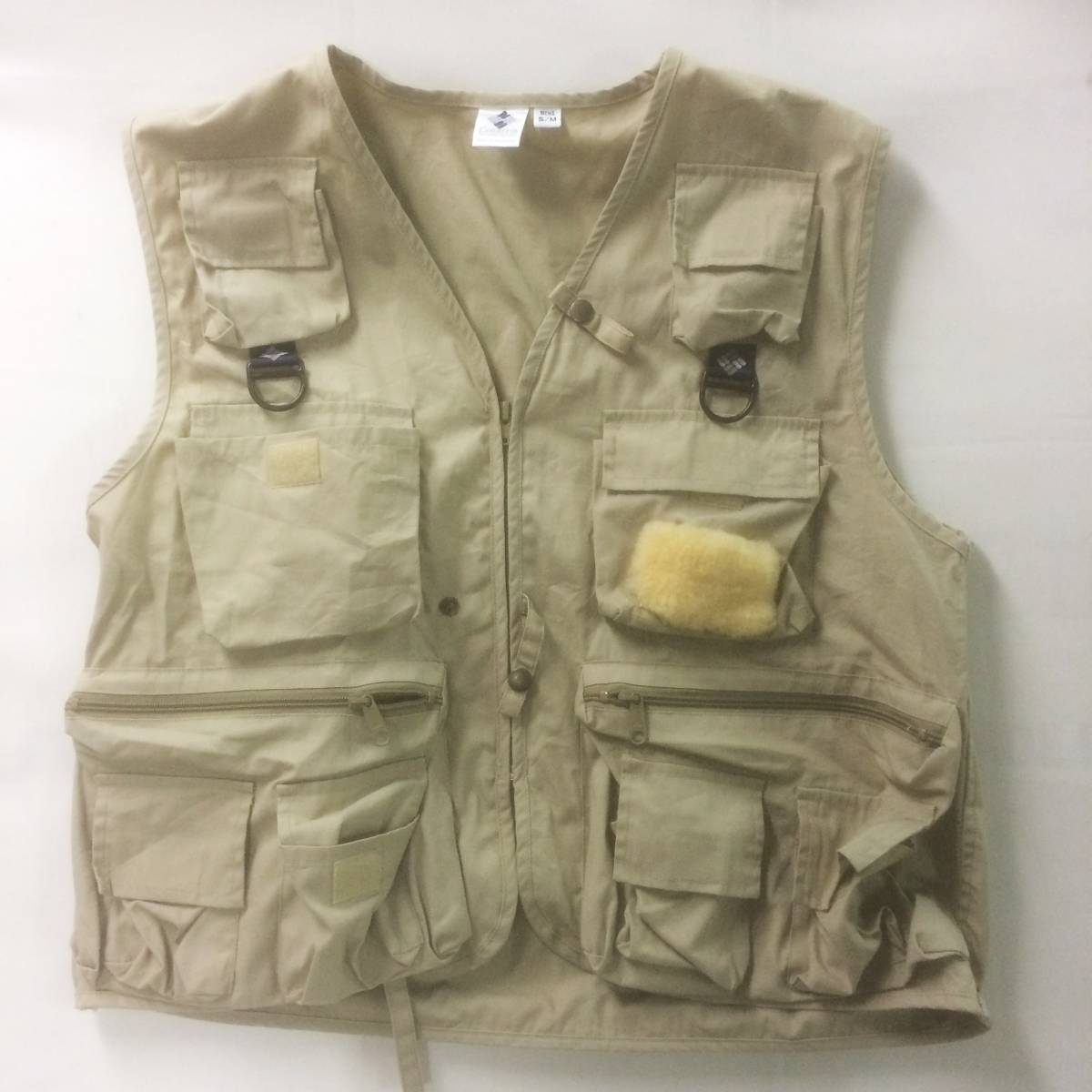 f3486255738ee Columbia Colombia fishing vest fishing vest beige s m Philippines made hunting  hunting piling put on .. Layered