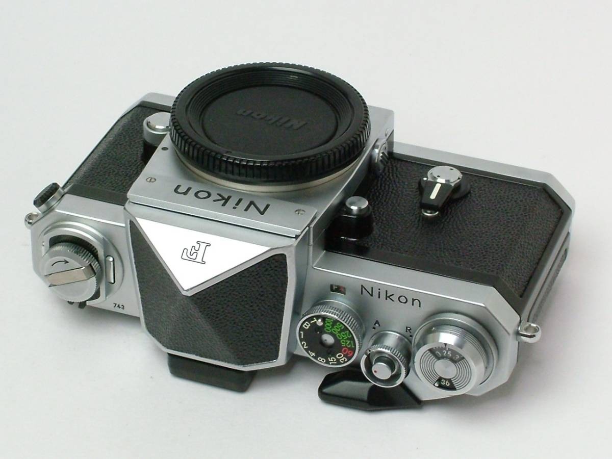 Nikon New F ボディ アイレベルファインダー 程度良品(美品中古) 743万番台_画像5