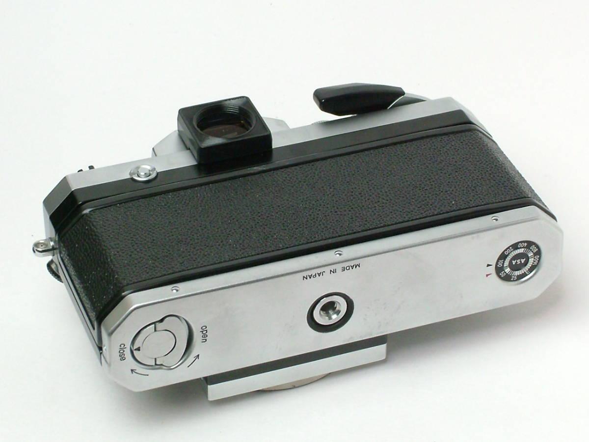 Nikon New F ボディ アイレベルファインダー 程度良品(美品中古) 743万番台_画像4