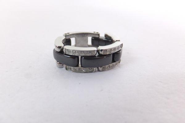 s23041/美品 CHANEL シャネル ウルトラコレクションリング ダイヤモンド K18WG ブラックセラミック ミディアムモデル 約10号