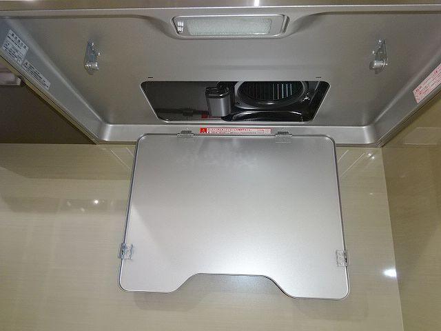高級タイプ人工大理石 タカラスタンダード システムキッチン モデルルーム展示品 ガスコンロ 食洗機 換気扇 フルセット♪ 超美品_画像8