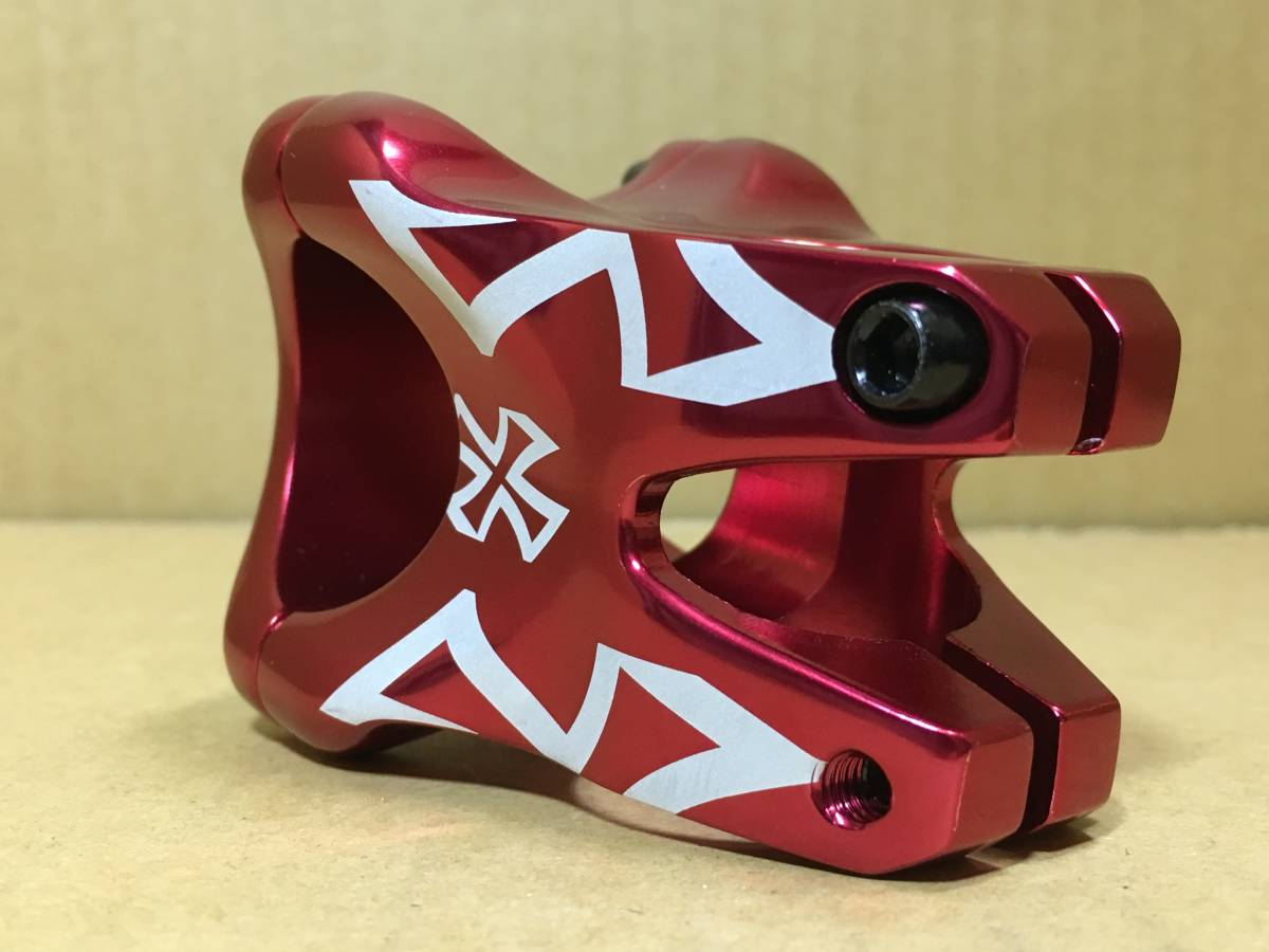 「DA BOMB バレットシェル ステム レッド 未使用 MTB クロスバイク トレイル ダートジャンプ パークライド カスタム (ステム 40mm未満)」の画像