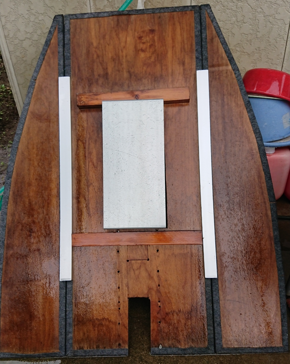 即決!レンタルボート デッキ オフセット加工済み 折り畳み式_画像2