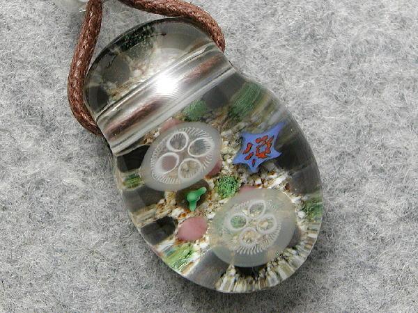 aozora★手作りガラスとんぼ玉★浅瀬のミズクラゲ★1362