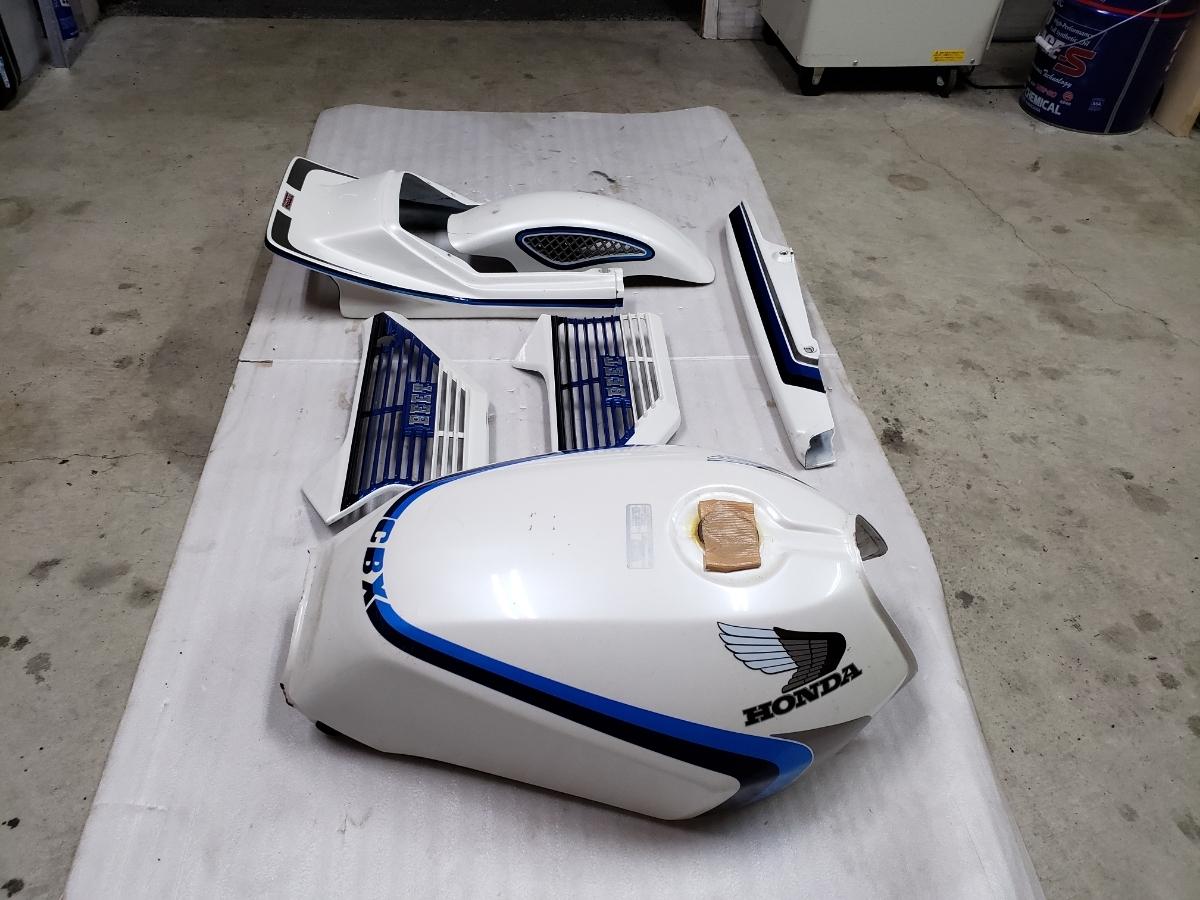 【美品】CBX 550カラー 外装一式(検 CBX400F CBX550F_画像3