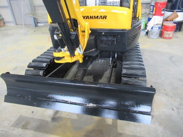 稼働少ない ヤンマー Vio20-3 2t後方小旋回 ユンボ 建設機械 重機 _画像10