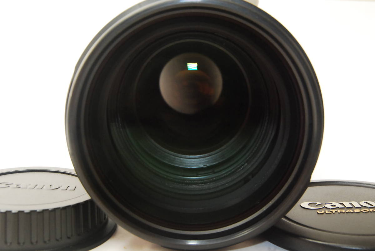 2715 防湿庫保管の極上品 Canon EF70-200mm f2.8L IS Ⅱ USM 現行2型 完動品 3ヶ月保証付_画像3