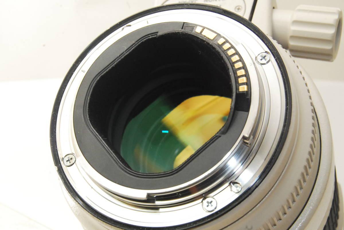 2715 防湿庫保管の極上品 Canon EF70-200mm f2.8L IS Ⅱ USM 現行2型 完動品 3ヶ月保証付_画像10
