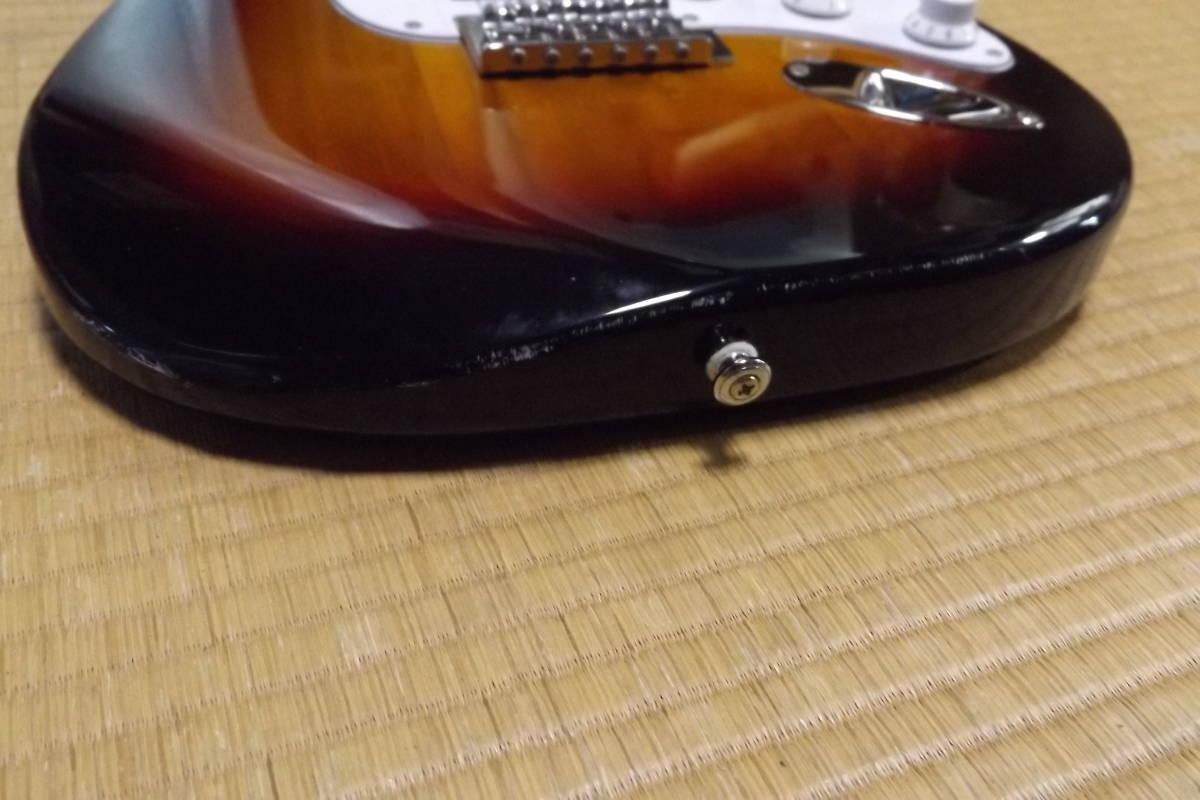 BUSKER'S バスカーズ エレキギター ストラトタイプ サンバースト 中古品_画像9