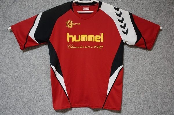 [USED/美品] hummel ヒュンメル サッカー フットサル 半袖プラクティスシャツ 柔らかい風合い 色: 赤系 SIZE: L [85]