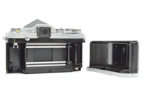 ◆ Nikon ニコン F アイレベル 650万台 + 非AI 5.8cm F1.4 + 10.5cm F2.5 フィルムカメラ 標準単焦点 中望遠単焦点 訳あり 送料無料_画像4