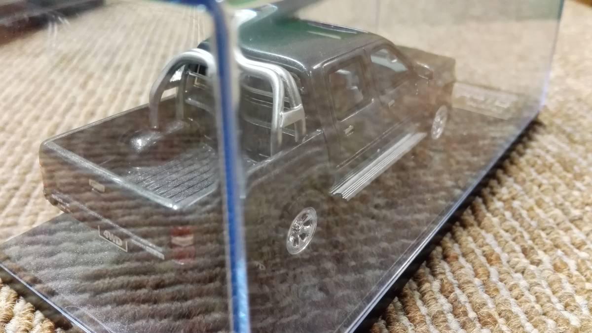 Hi -story  ハイストーリー インターアライド レジンモデル 1/43 TOYOTA HILUX 4WD PICK UP SSR -X グレー レッド2台セット_画像8