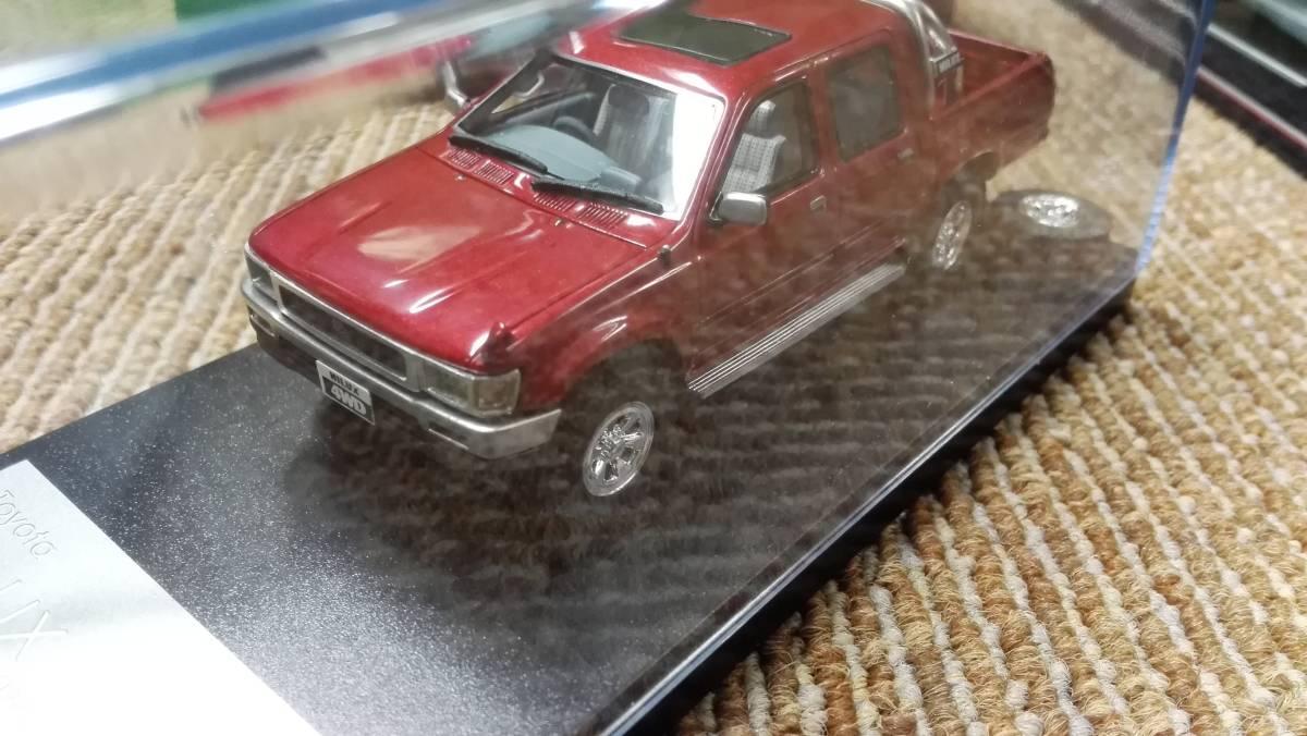Hi -story  ハイストーリー インターアライド レジンモデル 1/43 TOYOTA HILUX 4WD PICK UP SSR -X グレー レッド2台セット_画像5