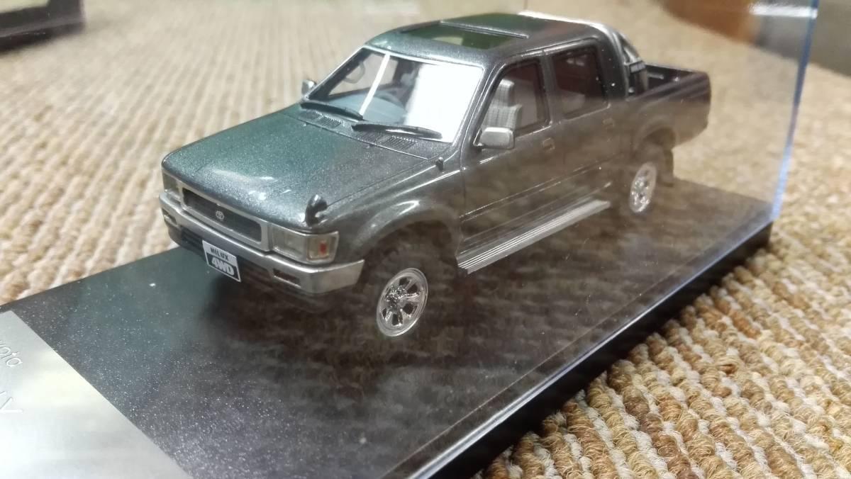 Hi -story  ハイストーリー インターアライド レジンモデル 1/43 TOYOTA HILUX 4WD PICK UP SSR -X グレー レッド2台セット_画像7
