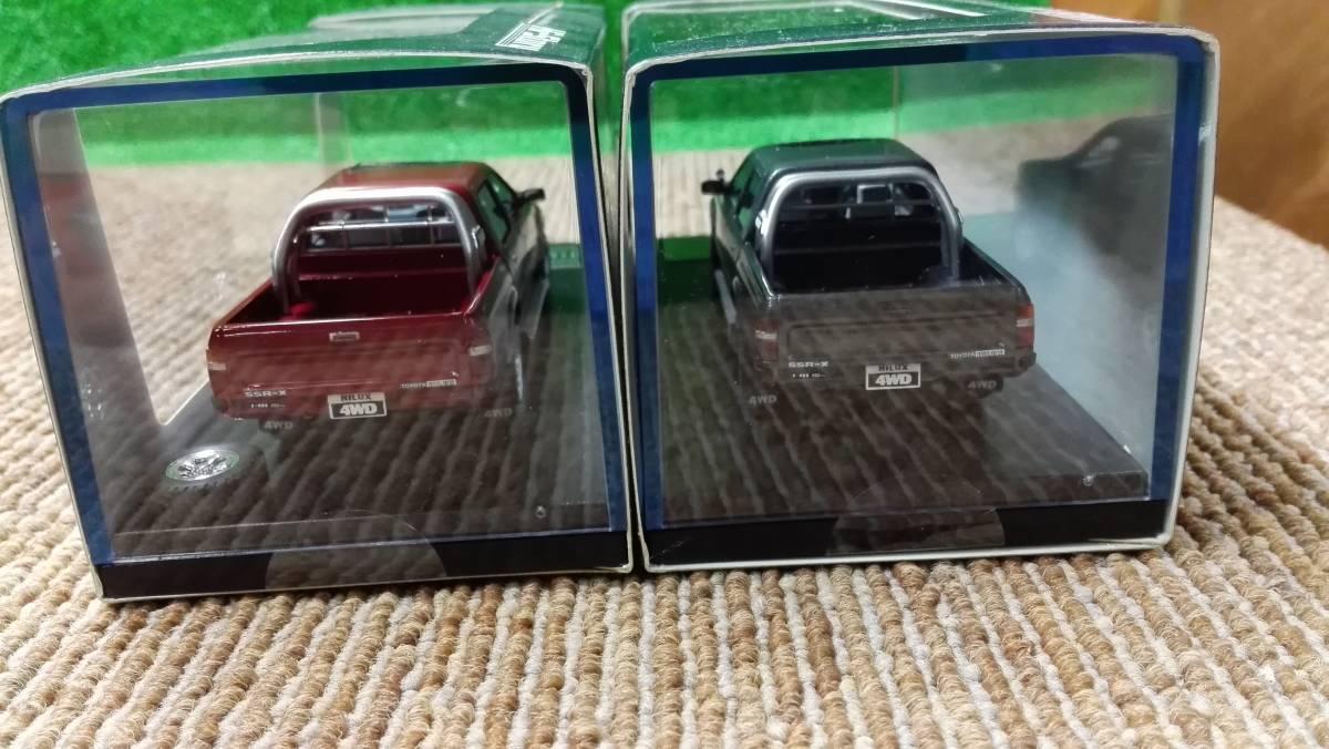 Hi -story  ハイストーリー インターアライド レジンモデル 1/43 TOYOTA HILUX 4WD PICK UP SSR -X グレー レッド2台セット_画像4