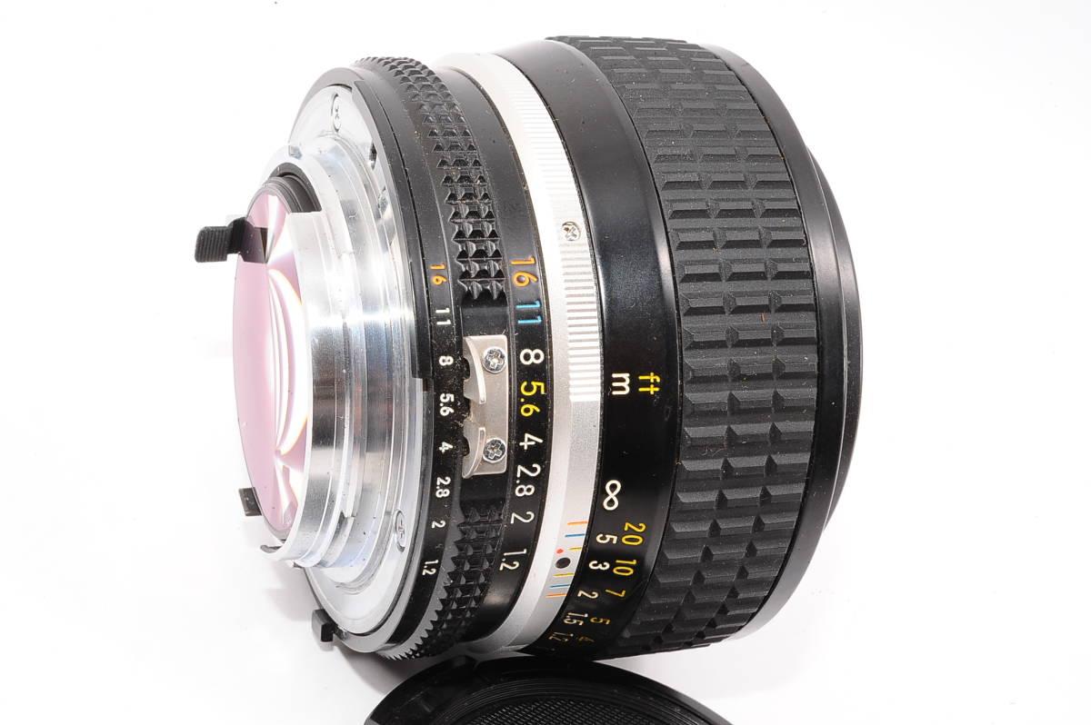 【良品】 ニコン エーアイエス ニッコール Nikon Ai-S NIKKOR 50mm F1.2 MF 一眼レンズ [363356] _画像3