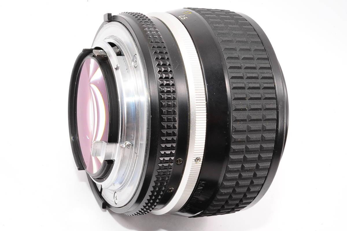 【良品】 ニコン エーアイエス ニッコール Nikon Ai-S NIKKOR 50mm F1.2 MF 一眼レンズ [363356] _画像4