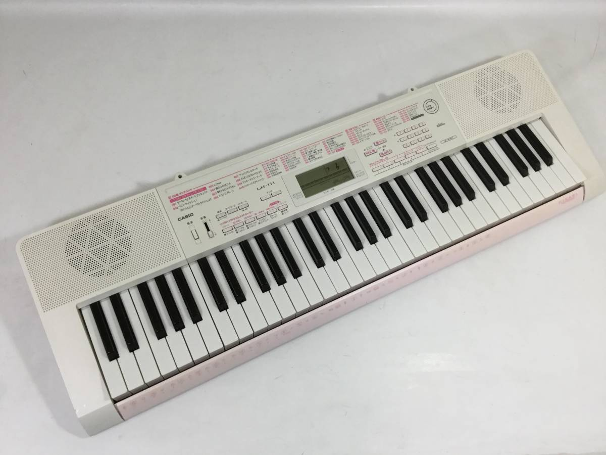 ○カシオ CASIO LK-111 光ナビゲーション キーボード 61鍵 120曲内臓 液晶表示画面_画像2