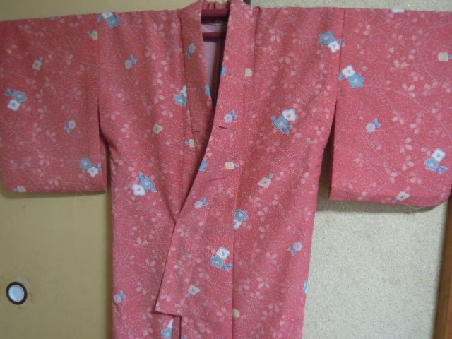 peace old cloth raw materials * fine pattern * button pink color series petal of cherry blossom . pretty .. floral print *... kimono * single .