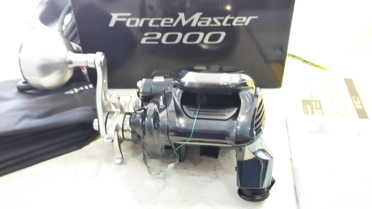使用回数1回のみ!16 フォースマスター 2000 超美品・ライン付き ウルトラ2 4号370m_画像2