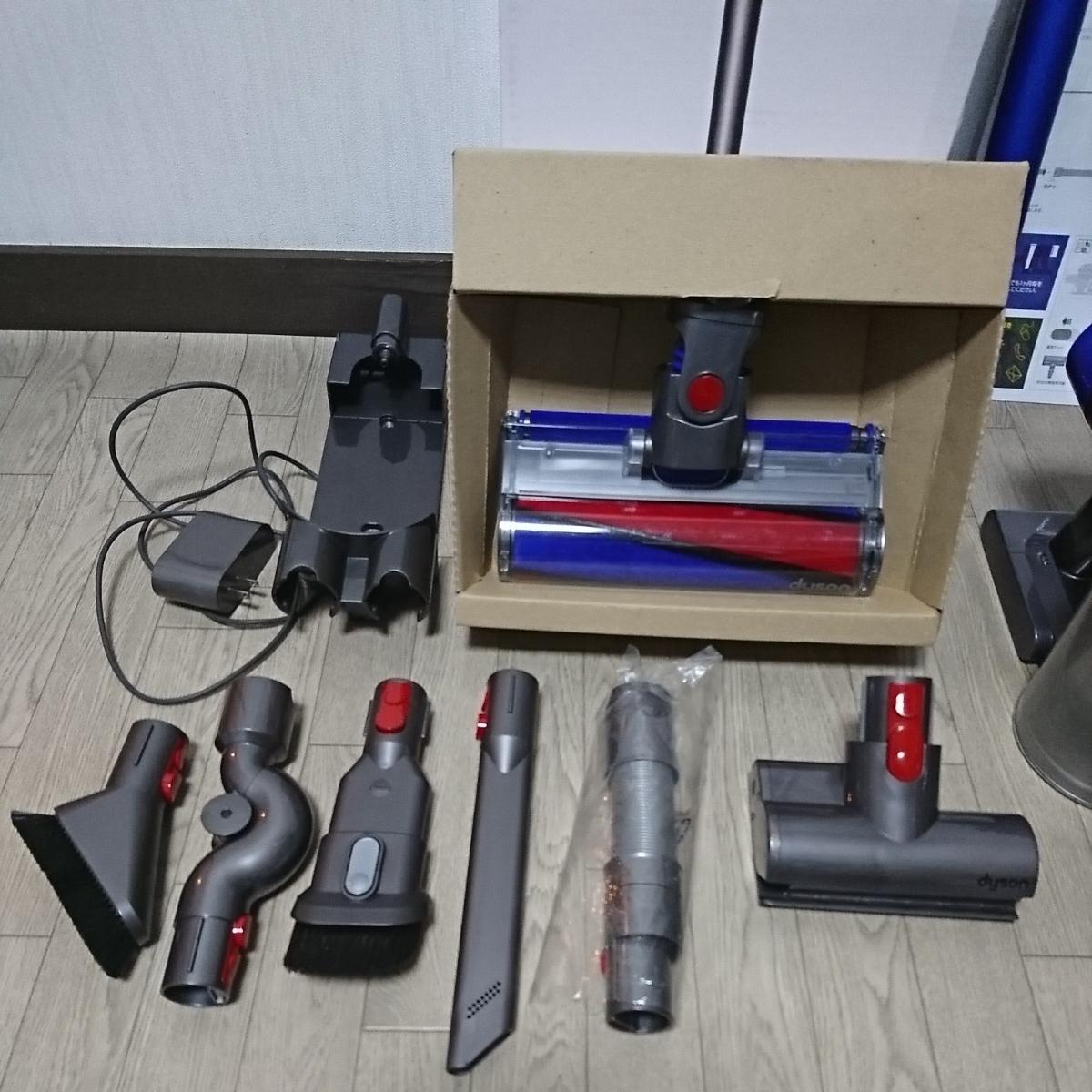 ダイソンハンディクリーナーV8fluffy+ 千葉県 検索用 DC62 V6 V7 V8 V10 スティッククリーナー 掃除機 _画像2