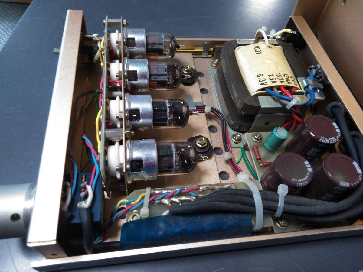 1DINサイズの真空管ラインドライバー 特注でオディオで製作 動作品 アンプ3台接続できます 入力は1系統_画像6