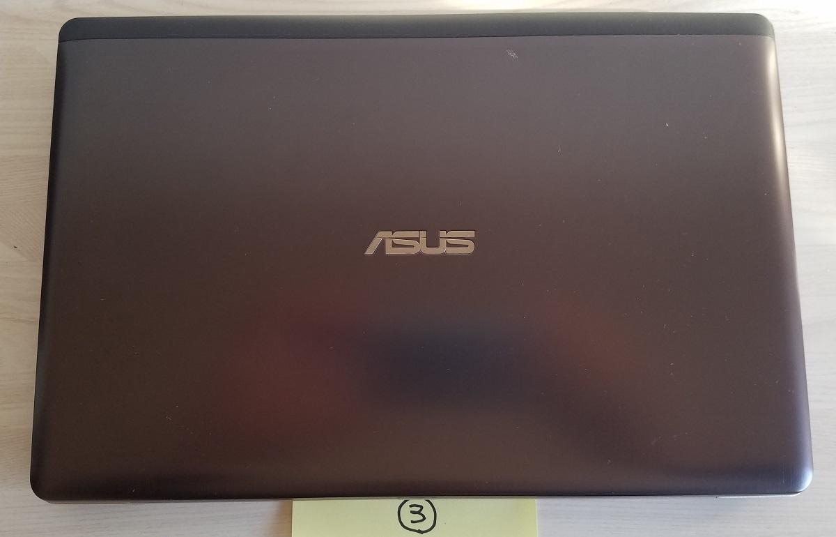 <ジャンク品 部品取りにどうぞ!> ASUS VivoBook X202E-CT3217 / Core i3-3217U 1.8GHz / ③ 仕様は一切未確認