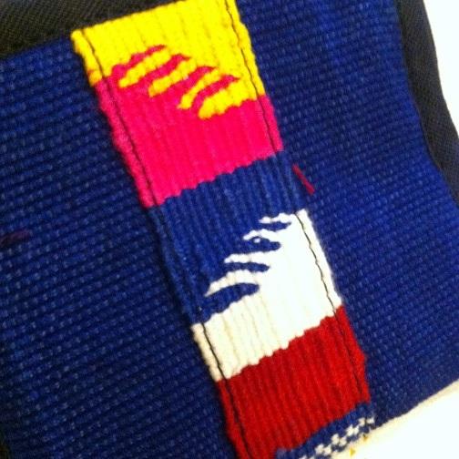 グアテマラ製手織り布ライン二つ折り財布BL青系 南米雑貨 旅行用にも♪ 軽い コンパクトサイズ アジアンエスニック _画像6