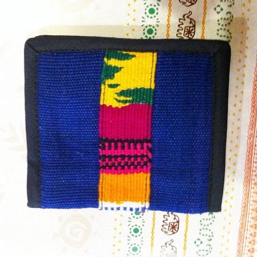 グアテマラ製手織り布ライン二つ折り財布BL青系 南米雑貨 旅行用にも♪ 軽い コンパクトサイズ アジアンエスニック _画像2