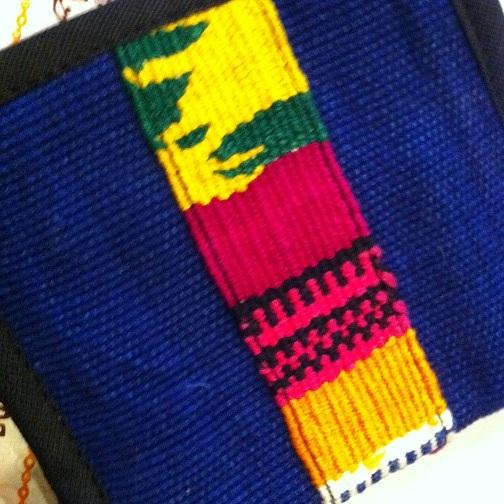 グアテマラ製手織り布ライン二つ折り財布BL青系 南米雑貨 旅行用にも♪ 軽い コンパクトサイズ アジアンエスニック _画像7