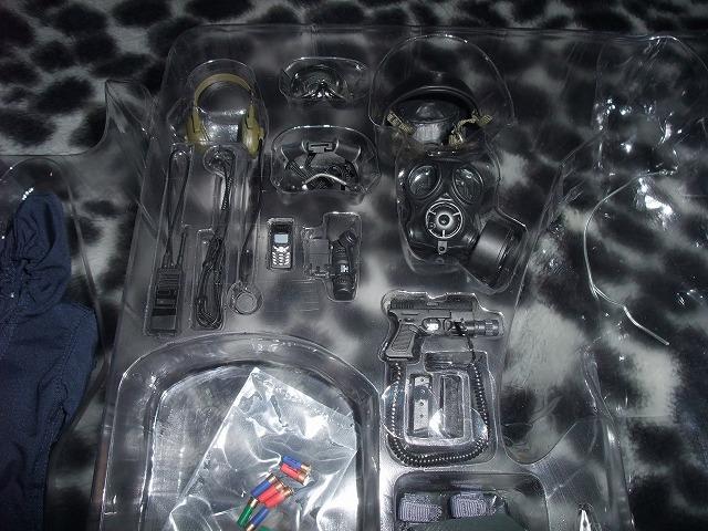 【絶版】1/6 SDU Assaulter&Breacher HOTTOYS ホットトイズ special duties unit 特殊部隊&アクセサリーセット2タイプ_画像5