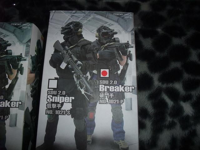 【絶版】1/6 SDU Assaulter&Breacher HOTTOYS ホットトイズ special duties unit 特殊部隊&アクセサリーセット2タイプ_画像6