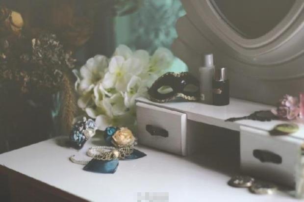 新品 BJD用家具 ドレッサー 鏡台 ドール用 球体関節人形用 70cm/SDなどのサイズ通用 復古 撮影 TH-008_画像10