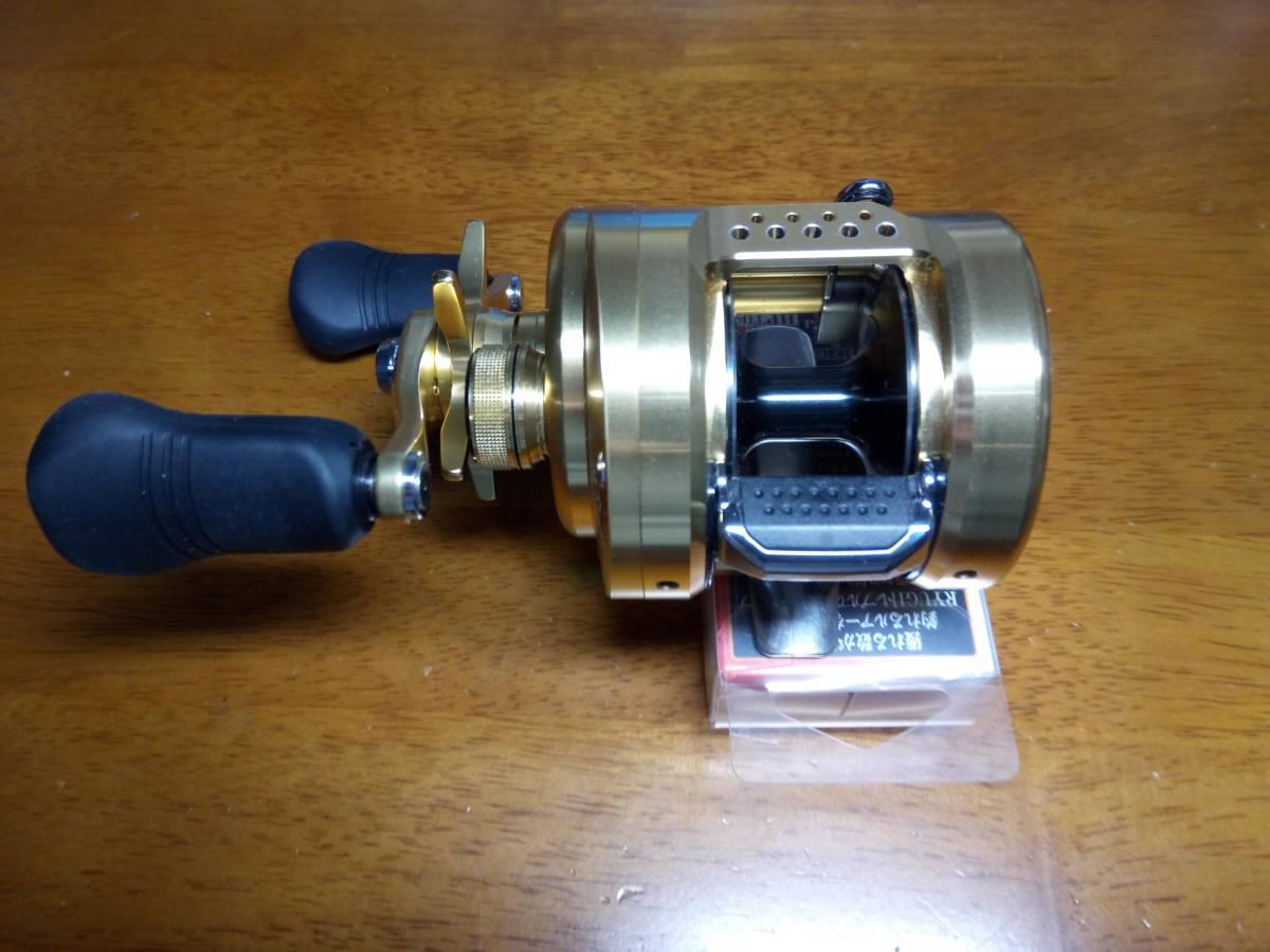 【新品未使用】 シマノ 18 カルカッタコンクエスト 301 左 アベイルパワーハンドルT4S 110mm 付き_画像4