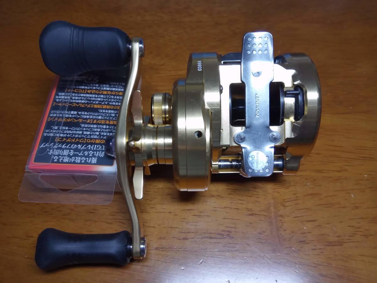 【新品未使用】 シマノ 18 カルカッタコンクエスト 301 左 アベイルパワーハンドルT4S 110mm 付き_画像6