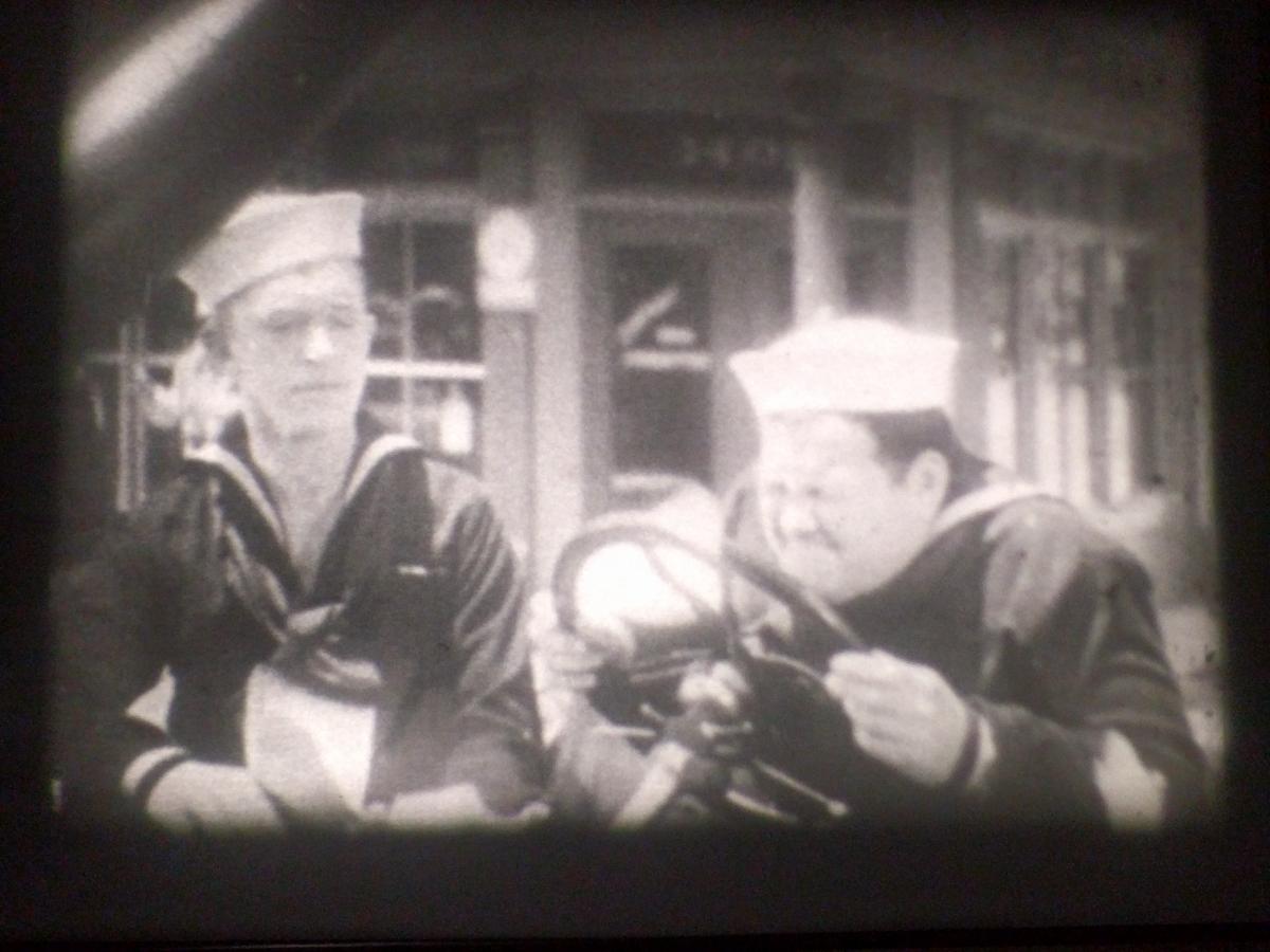 8ミリ ローレル&ハーディ「Two Tars」(1928)1x400ft フイルム