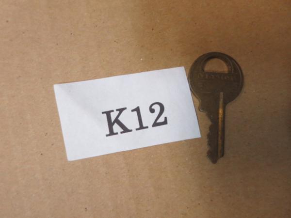 /K12●古い鍵 アンティークキー _画像1