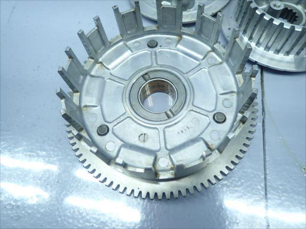 εI20-119 カワサキ エリミネーター250V VN250A (H13年式) 走行距離29144㌔ エンジン クラッチハウジング 一式 破損無し!_画像2
