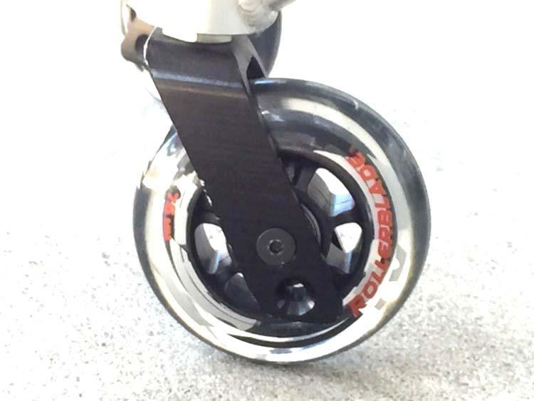 「交換用 前タイヤスペアーホイル 日進医療器 NAH-207 キャスター 車輪 車椅子 (車椅子 介助用)」の画像