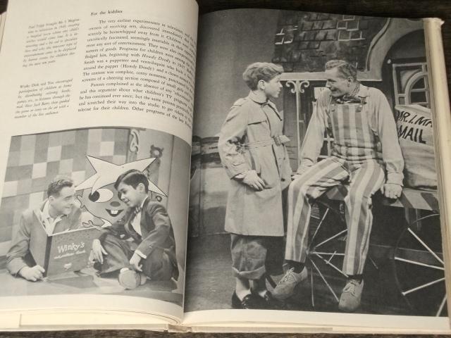 1969年 洋書 Pictorial History of Television テレビジョンの歴史 海外テレビ番組 TV放送 40s 50s 60s アメリカ レトロ ビンテージ 古写真_画像6