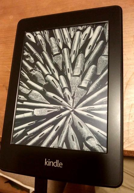 【送料無料】 Kindle Paperwhite 目に優しい第7世代 Wi-fi 4GB_画像3