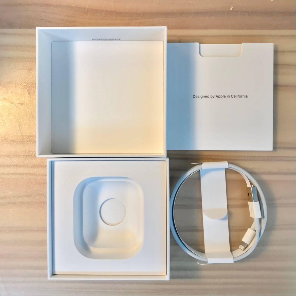 【中古】Apple AirPods ワイヤレス イヤホン 良品 中古 付属品完備 純正 正規品_画像8