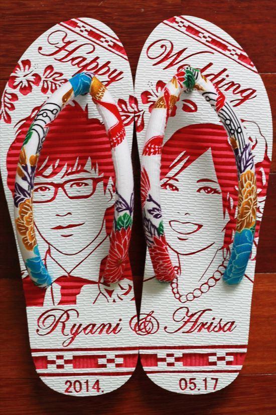 沖縄らしい結婚式ウェルカムボード用紅型似顔絵島ぞうりアート_画像4