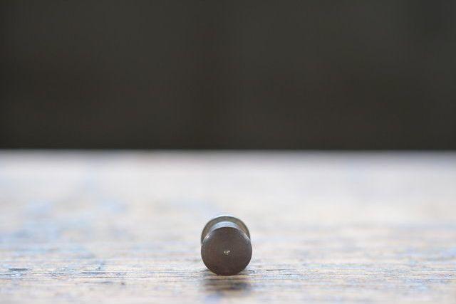 NO.4300 古い真鍮の削り出し摘み 10mm 検索用語→A50gアンティークビンテージ古道具真鍮金物小引き出し本箱本棚_画像2